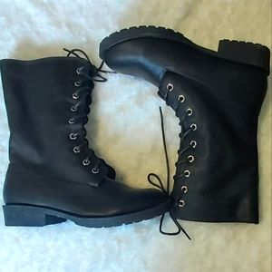 NWT lace up boots